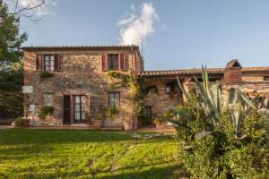 farm-montalla-tuscany